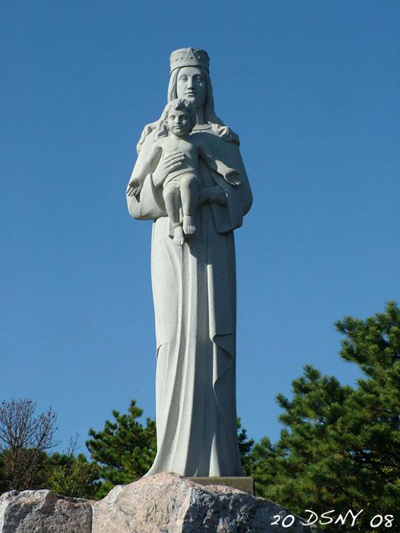 shrine of our lady of the island statue moriches